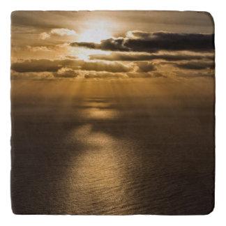 大西洋の上の日の出 トリベット