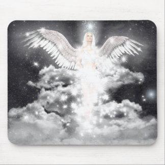 天の天使の白 マウスパッド
