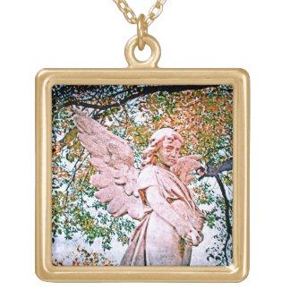 天使の優美 ゴールドプレートネックレス