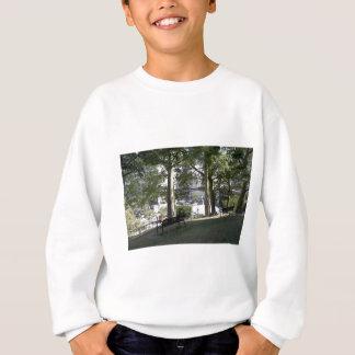 天使の小山 スウェットシャツ