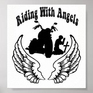 天使の落ちたなバイクもしくは自転車に乗る人との乗車 ポスター