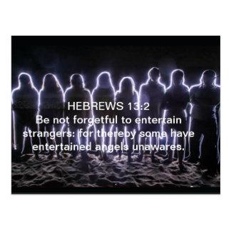 天使を心に抱くヘブライ13:2 ポストカード