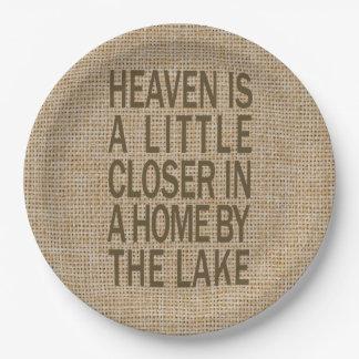 天国は湖の紙皿によってより近いです ペーパープレート