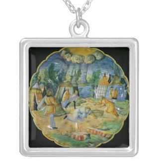 天恵の収集を描写する皿 シルバープレートネックレス