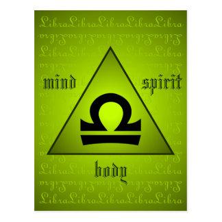 天秤座の三角形の心の体の精神のホリスティックの緑 ポストカード