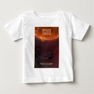 太陽で暖まること ベビーTシャツ