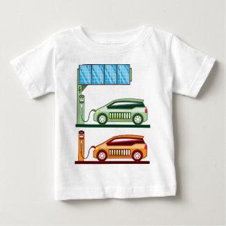 太陽のな充満場所の電気自動車 ベビーTシャツ