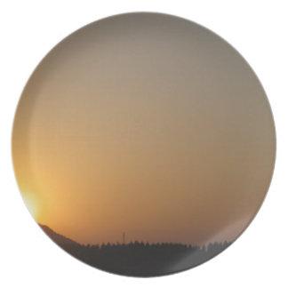 太陽の上昇の太陽セット プレート