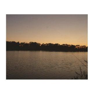 太陽セットに対する魚釣り棒のシルエット ウッドウォールアート