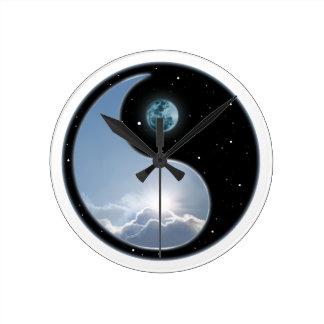 太陽月の陰陽 ラウンド壁時計