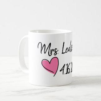 夫人ブライダルシャワーのマグ コーヒーマグカップ