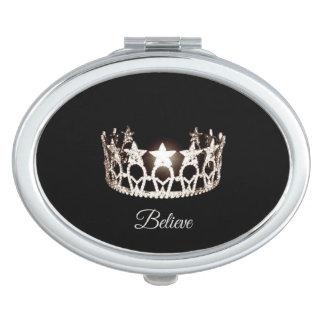 失敗米国の銀製の王冠のコンパクトは鏡信じます