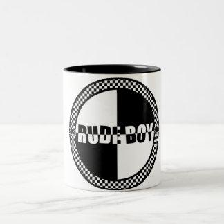 失礼な男の子のレジ係のマグ ツートーンマグカップ