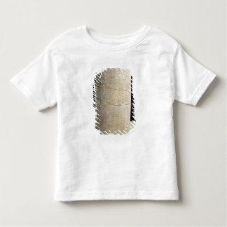 奉納の銘刻文字が付いているシリンダーB トドラーTシャツ