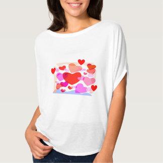 女の子のための愛Tシャツ Tシャツ