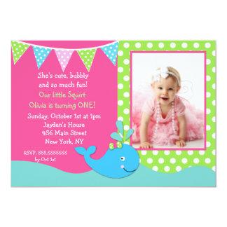 女の子のクジラの写真のバースデーパーティ招待状 カード
