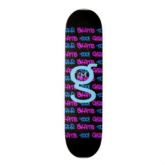 女の子のスケートも! -黒いスケートボード- (青及びピンク) スケートボード