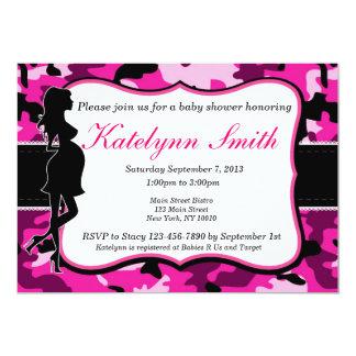 女の子のピンクのカムフラージュのベビーシャワーの招待状 カード