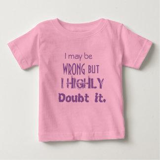 女の子のピンクのTシャツ ベビーTシャツ