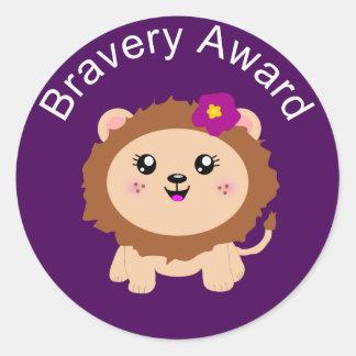 女の子のライオンの勇気賞-勇敢があることのためのステッカー ラウンドシール