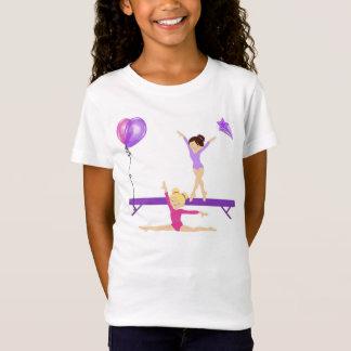女の子の体操のTシャツ Tシャツ