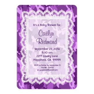 女の子の紫色のカムフラージュのレースのベビーシャワーA01B 12.7 X 17.8 インビテーションカード