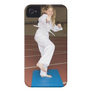 女の子の練習の空手 Case-Mate iPhone 4 ケース