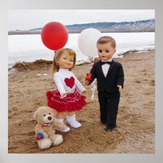 女の子の部屋のためのバレンタインデーのヴィンテージの人形 ポスター
