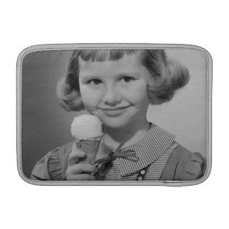 女の子の食べ物のアイスクリーム MacBook スリーブ