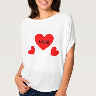 女の子のTシャツの三倍愛ハート Tシャツ