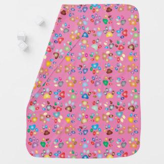 女の子ピンクのパステル調猫の足のプリントのベビーブランケット ベビー ブランケット