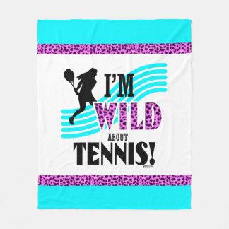 女の子: 私はテニスについて野生です フリースブランケット