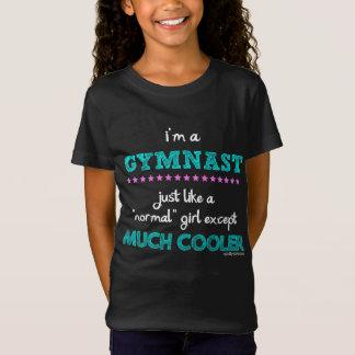 女の子-私は体育専門家です Tシャツ