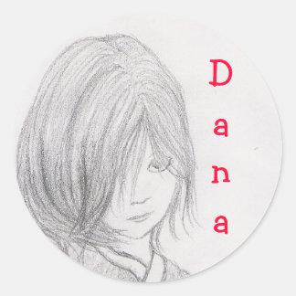 女の子、Dana行きます 丸形シール・ステッカー