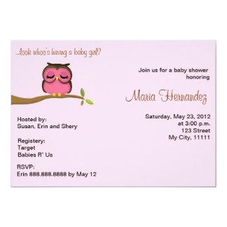 女の赤ちゃんのフクロウのテーマの招待 カード