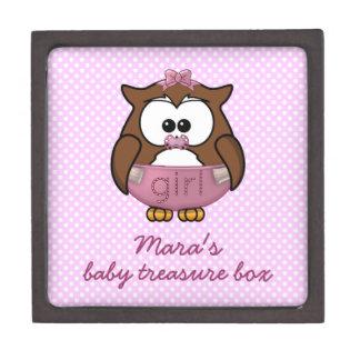 女の赤ちゃんのフクロウ ギフトボックス