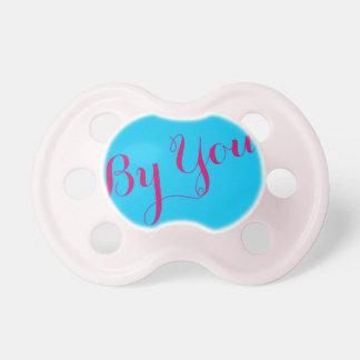 女の赤ちゃんの調停者: スカイブルー色 おしゃぶり