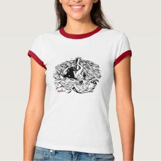 女性によって凹まされるブイの信号器のTシャツ Tシャツ