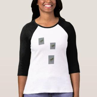 女性のカマキリT Tシャツ
