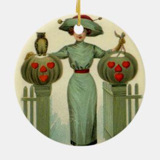 女性のハロウィーンのカボチャのちょうちんのカボチャ塀のフクロウ セラミックオーナメント