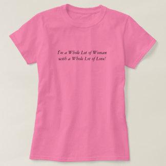 女性のピンクのかわいい心地よいTシャツのトレンディーの全部 Tシャツ