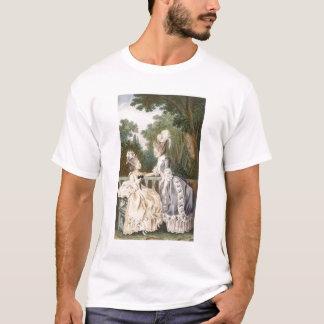 女性の昼間の礼服1771年(色の版木、銅版、版画) Tシャツ