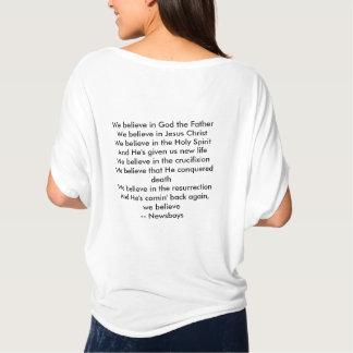 女性の流れるTシャツ-私達は信じます Tシャツ