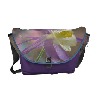 女性の花のメッセンジャーバッグ クーリエバッグ