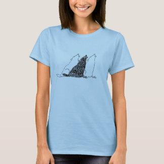 女性の青い遠ぼえのオオカミのティー Tシャツ