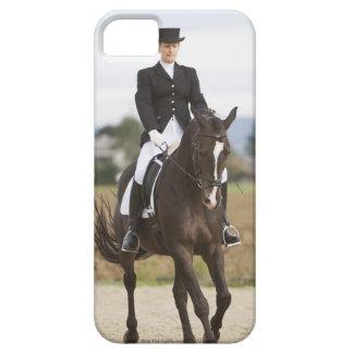 女性の馬場馬術のライダーの運動 iPhone SE/5/5s ケース