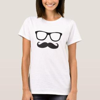 女性の髭のヒップスターのティー Tシャツ