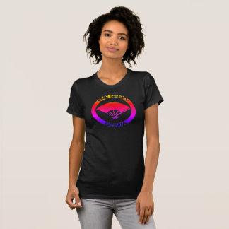 女性の黒くオタク系のな芸者の丸首のTシャツ Tシャツ