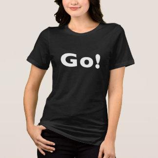 女性のBella+キャンバスによって適合のジャージーのリラックスされるTシャツ Tシャツ