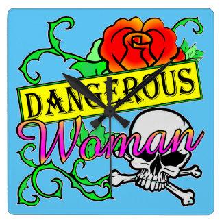 女性のFB.com/USAPatriotGraphicsの危ない© スクエア壁時計